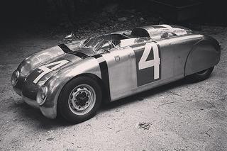 Minnesota Man is Building Amazing Porsches in his Barn