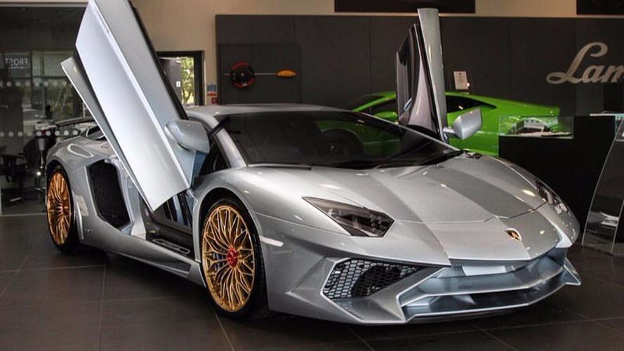 PHOTOS - La plus exclusive et dernière Lamborghini Aventador SV