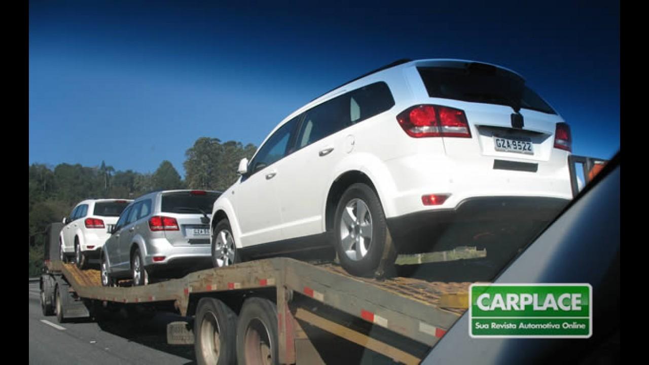 Fiat Freemont já está sendo distribuído - Apresentação oficial acontece nesta noite
