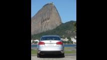 Avaliação - Volkswagen Jetta 2.0 TSI Highline 2011 - Veja detalhes em fotos