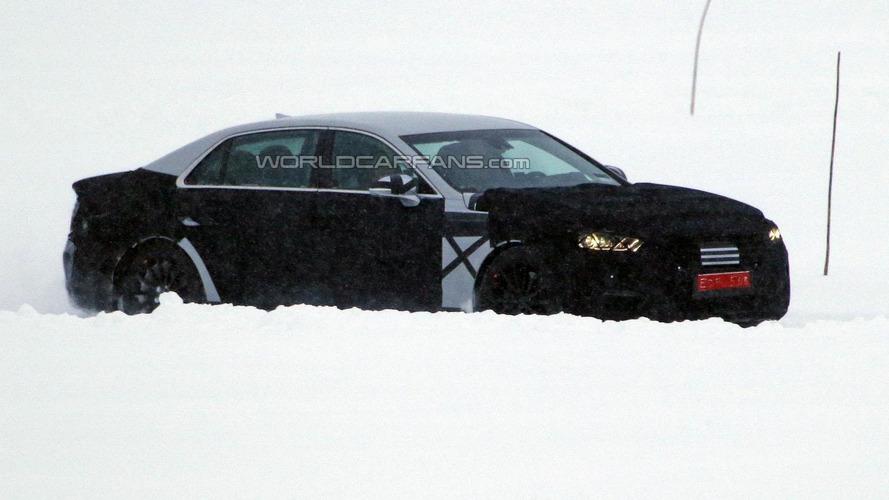 2016 Hyundai Equus spied in Scandinavia