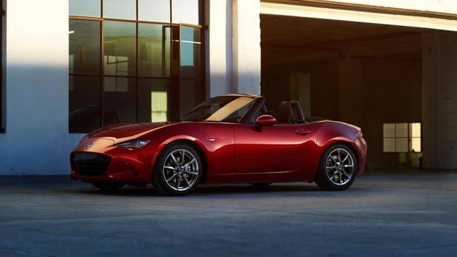 2016 Mazda MX-5 US-spec weighs 2,332 lbs