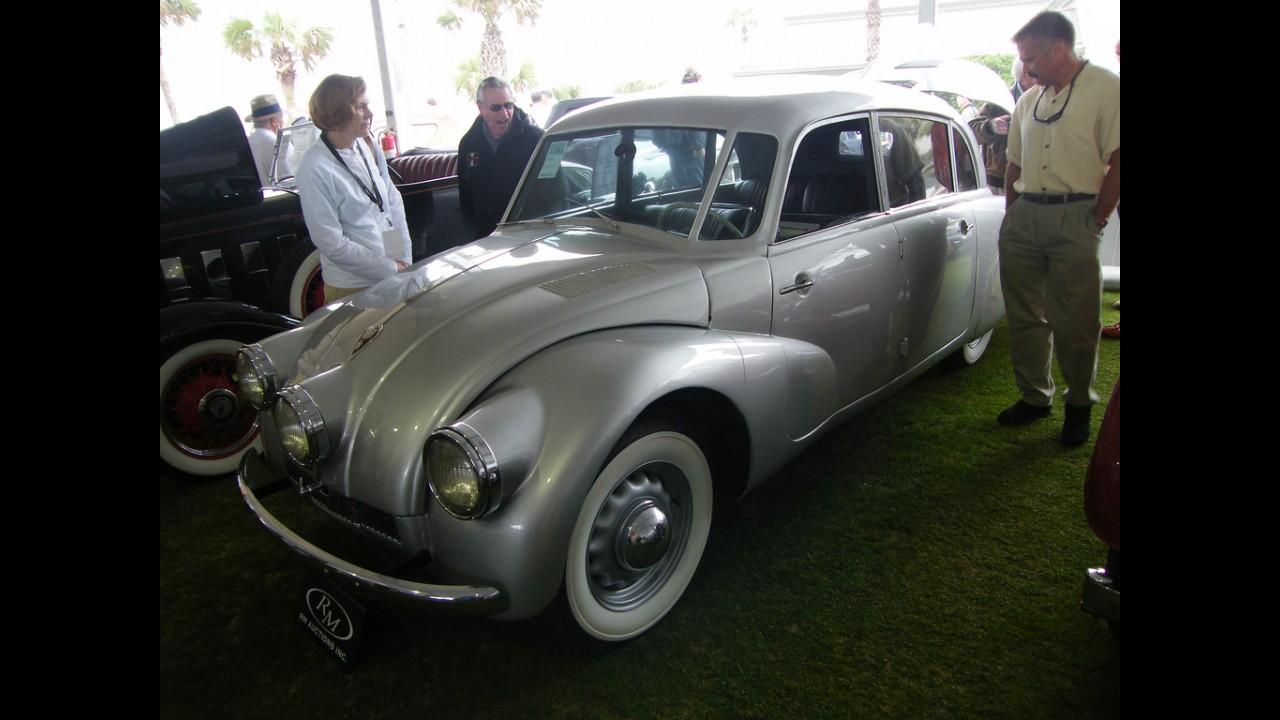 Tatra T87 Sedan
