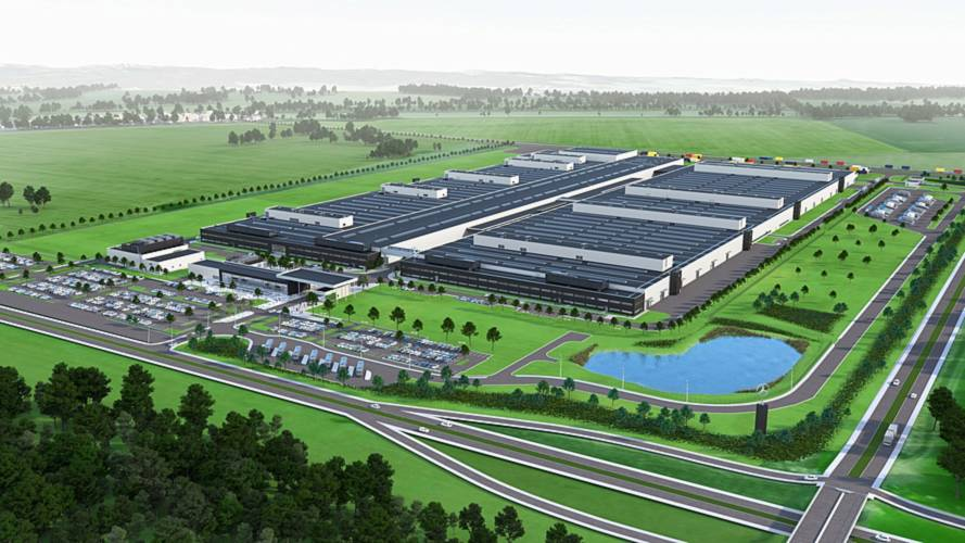 Mercedes Building Engine Plant In Poland For 4-Cylinder Units