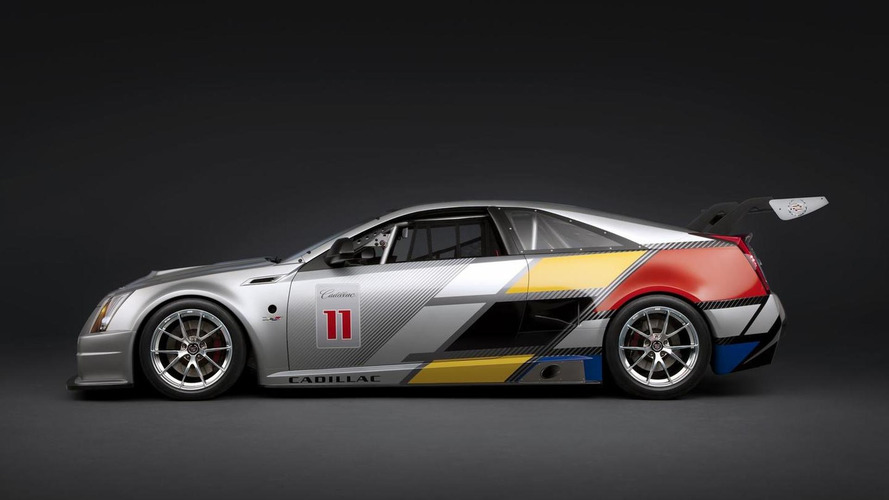 Cadillac CTS-V Racing Coupe ready for competition [videos]