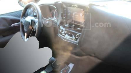 Flagra - Novo Toyota Corolla 2020 mostra interior pela primeira vez