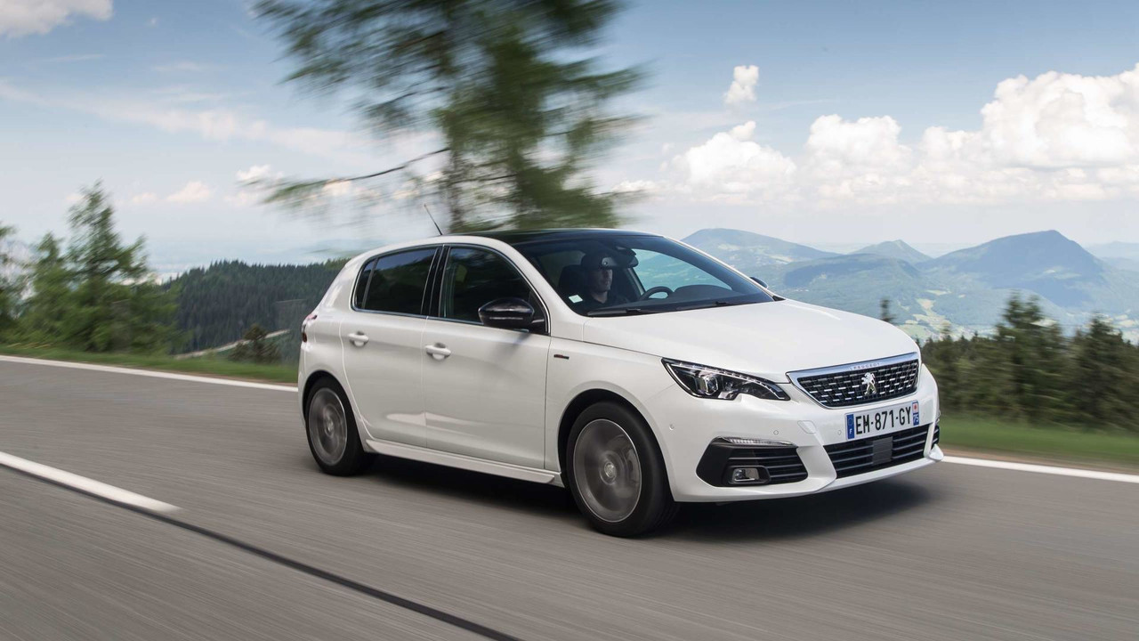 2018 Peugeot 308 Reviewed