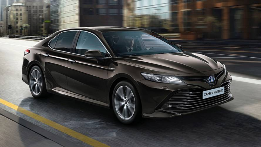 Toyota Camry is returning to the UK as a hybrid, Avensis axed