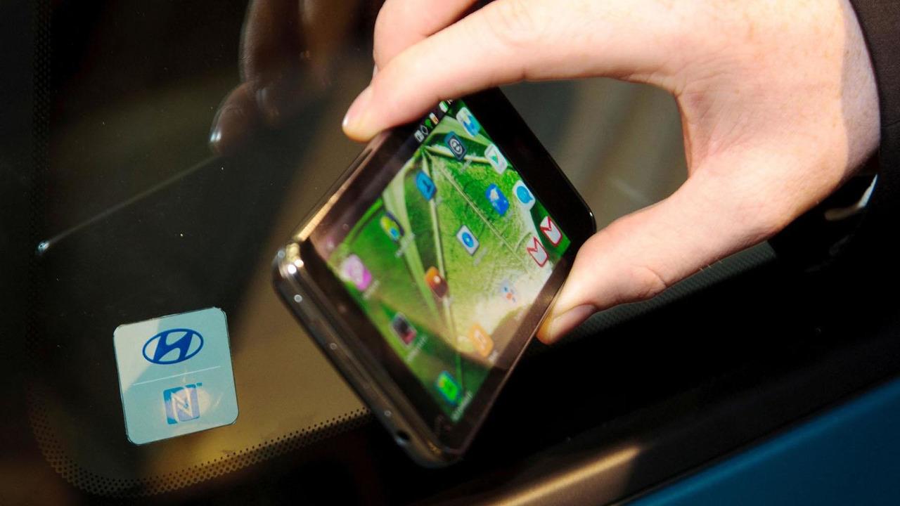 Hyundai Connectivity Concept 21.12.2012
