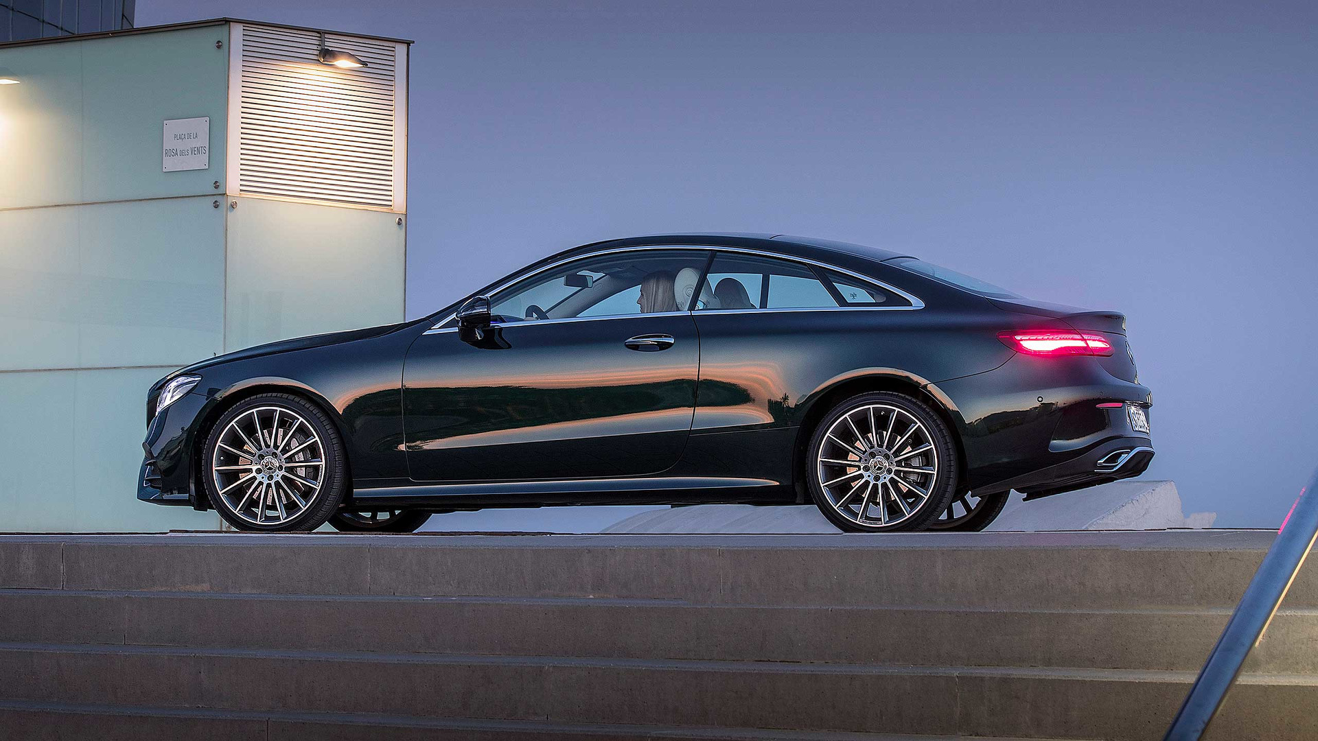 2017 mercedes benz e class coupe first drive. Black Bedroom Furniture Sets. Home Design Ideas