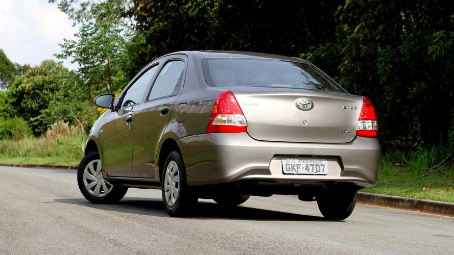 Toyota Etios Sedan AT
