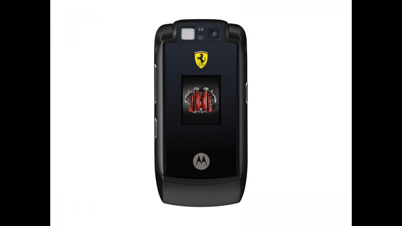 Il nuovo telefonino Ferrari
