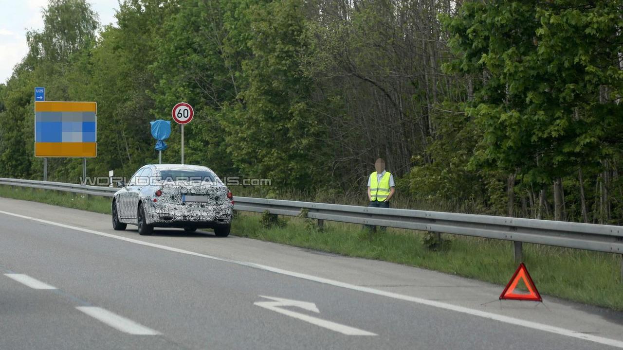 2015 BMW 7-Series Plug-in Hybrid prototype breaks down in Germany