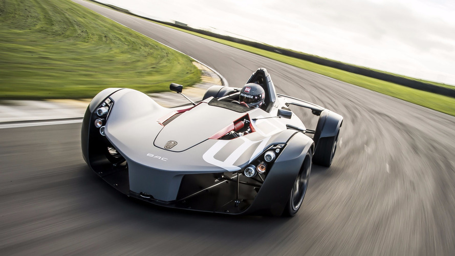 Watch the BAC Mono blow the McLaren P1 GTR away