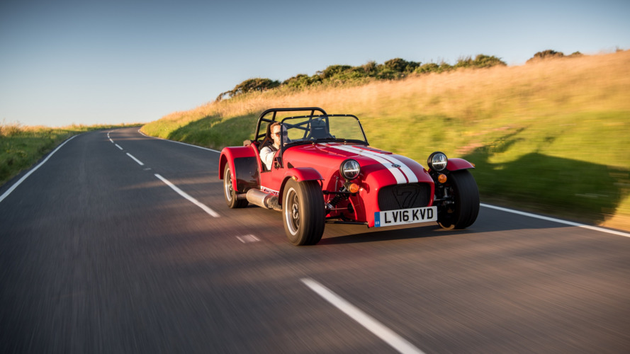 Caterham Seven 310 debuts with 152 hp, optional LED headlights