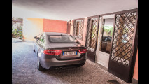 Jaguar XE nelle vesti di
