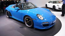 Porsche 911 Speedster live in Paris 01.10.2010