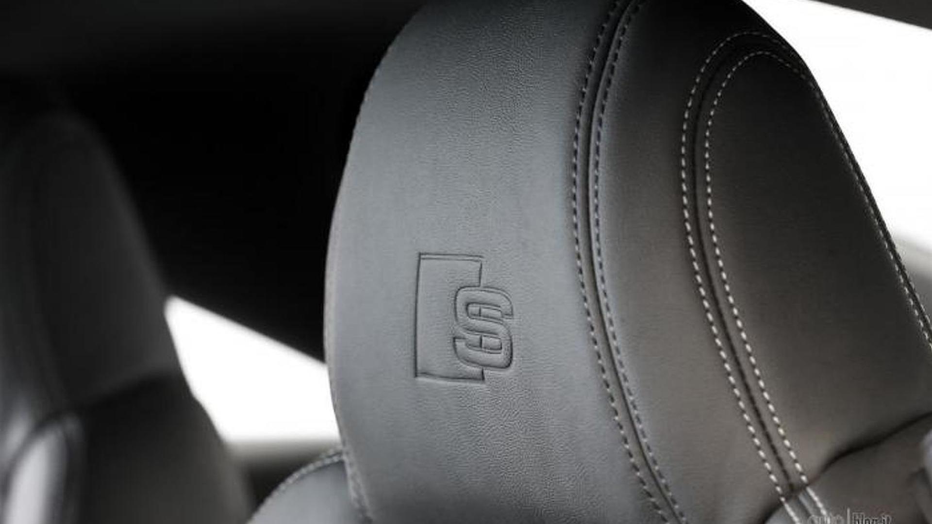 Подголовники сидений Audi TT Nuvolari