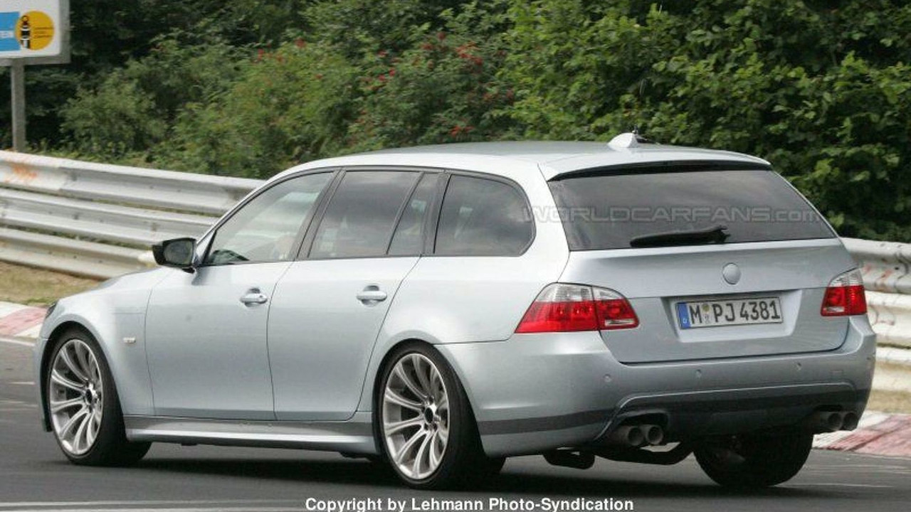 SPY PHOTOS: BMW M5 Touring