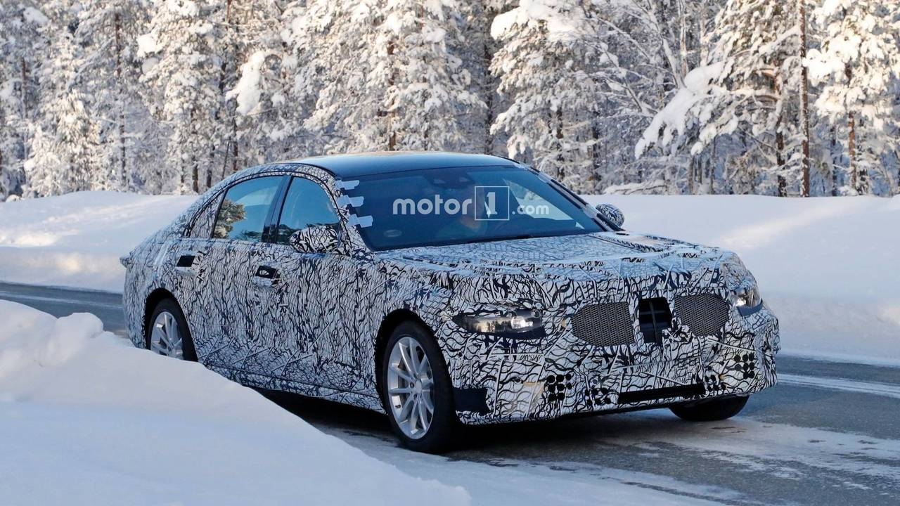 New Mercedes-Benz S-Class Spy Photos