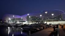Yas Marina, track atmosphere Yas hotel - Formula 1 World Championship, Rd 19, Abu Dhabi Grand Prix, 11.11.2010 Abu Dhabi, Abu Dhabi