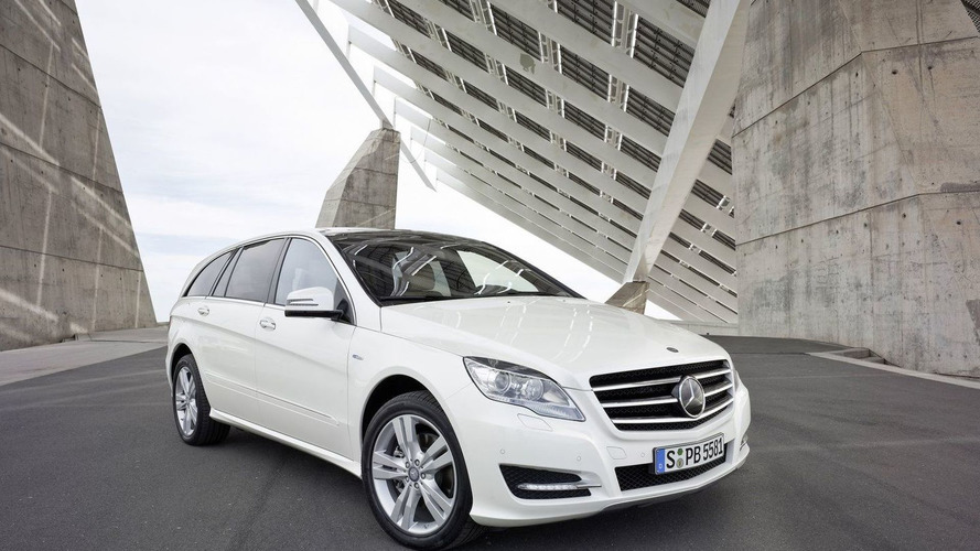 2011 Mercedes R-Class Major Facelift Photos Released