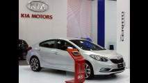 Kia Cerato 2013 faz estreia mundial no Salão de Santiago no Chile - Modelo estará no Salão de SP