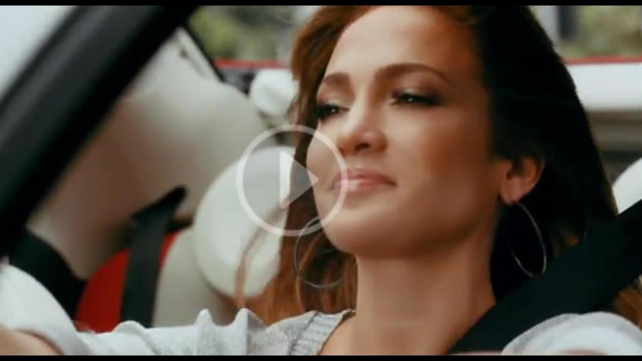 VÍDEO: Jennifer Lopez estrela comercial do Fiat 500 Cabriolet nos EUA