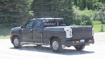 Next-gen GMC Sierra 1500 Spy Shots