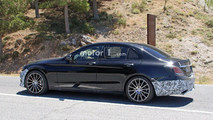 Makyajlı Mercedes-Benz C-Serisi casus fotoğrafları