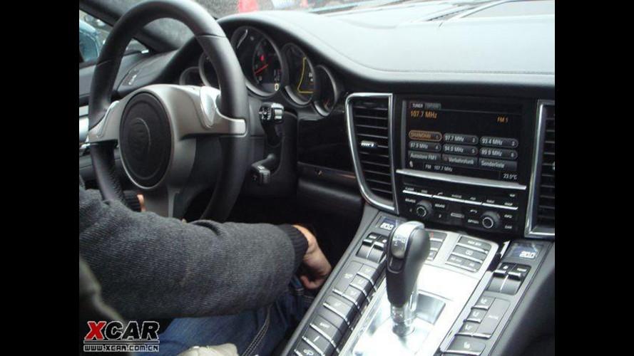 Porsche Panamera: foto spia degli interni definitivi