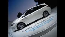 Toyota Auris Touring Sports a Parigi