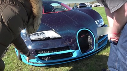 Bugatti Veyron reaches 208-mph; hits barriers during deceleration