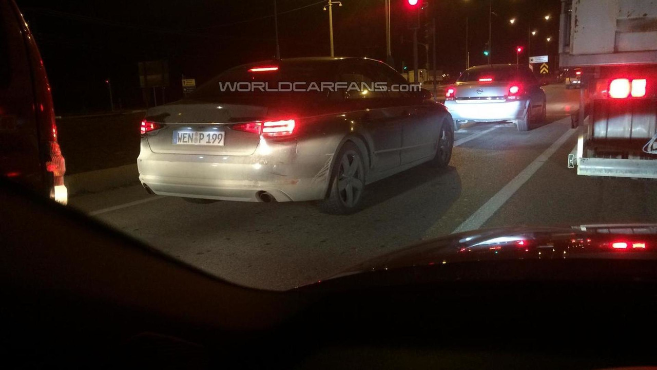 Audi A4 spy photo / Umit Merakli