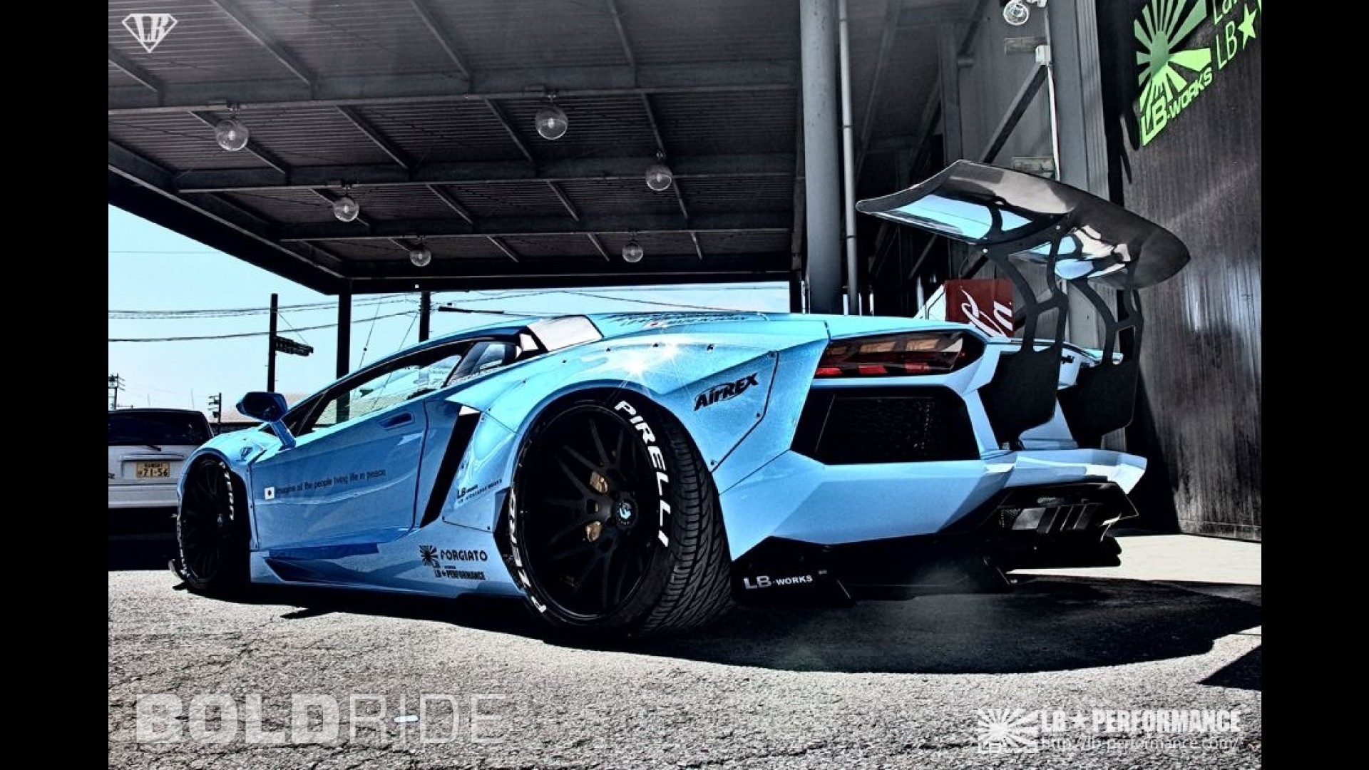 Тюнинг Lamborghini Aventador. Обвес от Liberty Walk