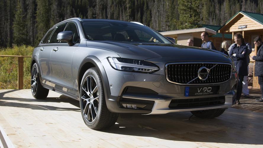 Volvo V90 Cross Country'nin tanıtım videoları yayınlandı