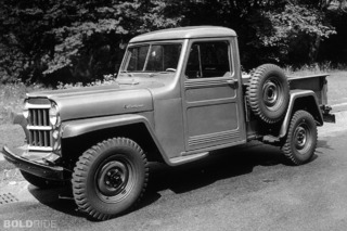 Beautiful Practicality: 5 Unforgettable Pickups of the 1950s