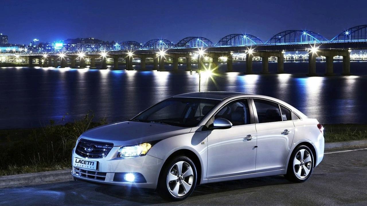 Chevrolet Cruze (Daewoo Lacetti pictured)