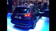 Direto de Genebra: brasileiro em 2014, Peugeot 2008 é estrela do Salão