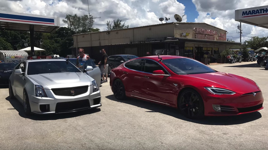 Tesla Model S P100D Races 1,000-HP Cadillac CTS-V
