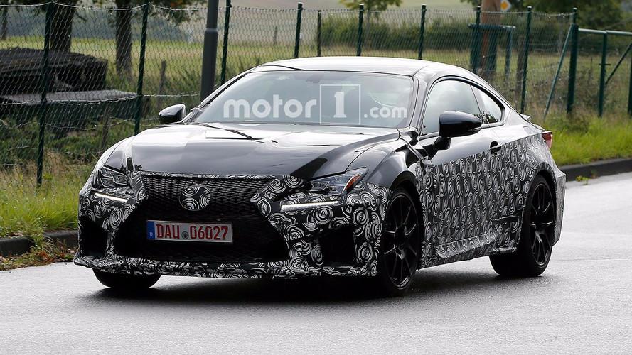 Lexus makyajlı RC F'yi test ederken yakalandı