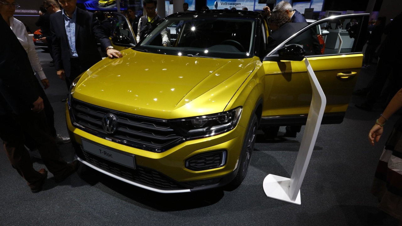 2017 vw t roc r line photos. Black Bedroom Furniture Sets. Home Design Ideas