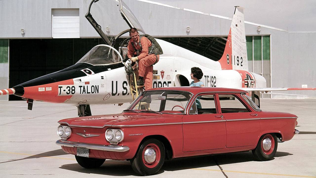 10. Chevrolet Corvair e a roda que batia na carroceria