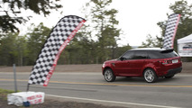 2014 Range Rover Sport sets production SUV record at Pikes Peak 07.06.2013