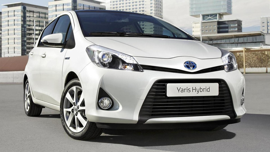 2012 Toyota Yaris Hybrid revealed