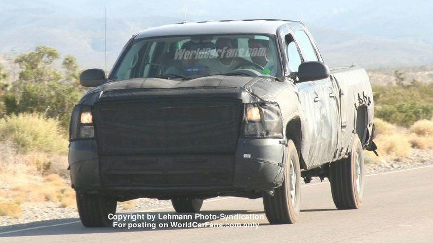 Next-Generation Chevy Silverado Pickup Spy Photos