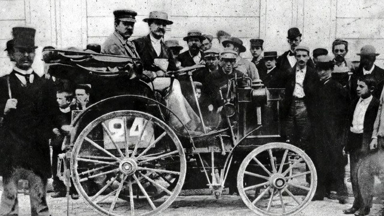 Winning cars with Daimler engines