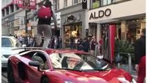Gun Runs On Lamborghini Aventador