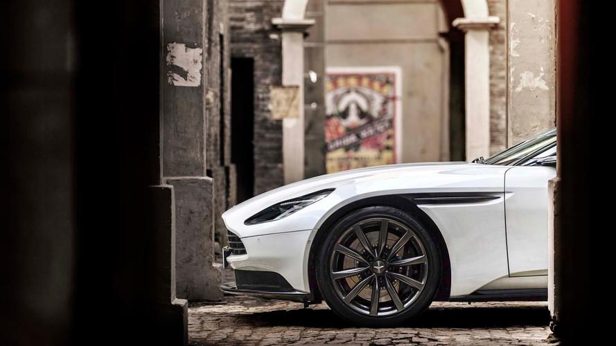 Direct - Suivez la révélation de la nouvelle Aston Martin !