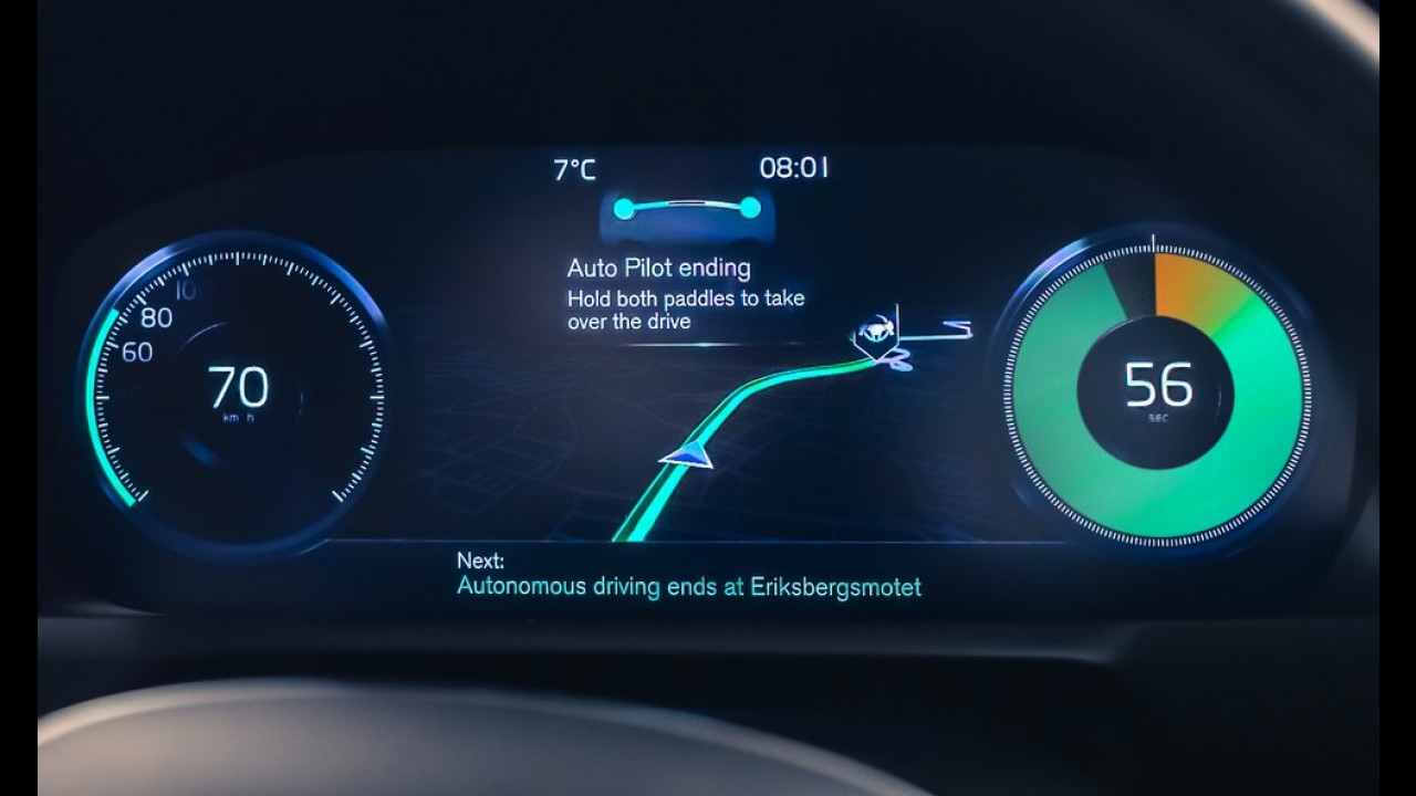 """Volvo aproveita dia """"De Volta para o Futuro"""" e dá detalhes de veículo autônomo"""